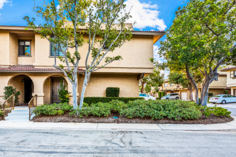 JUST LISTED! 21304 Balsam Ln, Lake Forest, Ca 92630